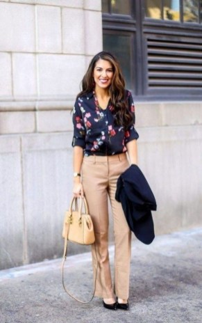 Pretty Work Outfits Ideas To Achieve A Career In 201918
