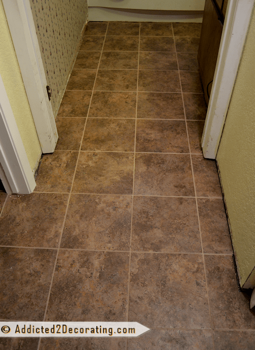 Groutable Vinyl Tile