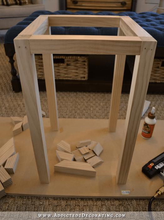 diy side table with greek key base