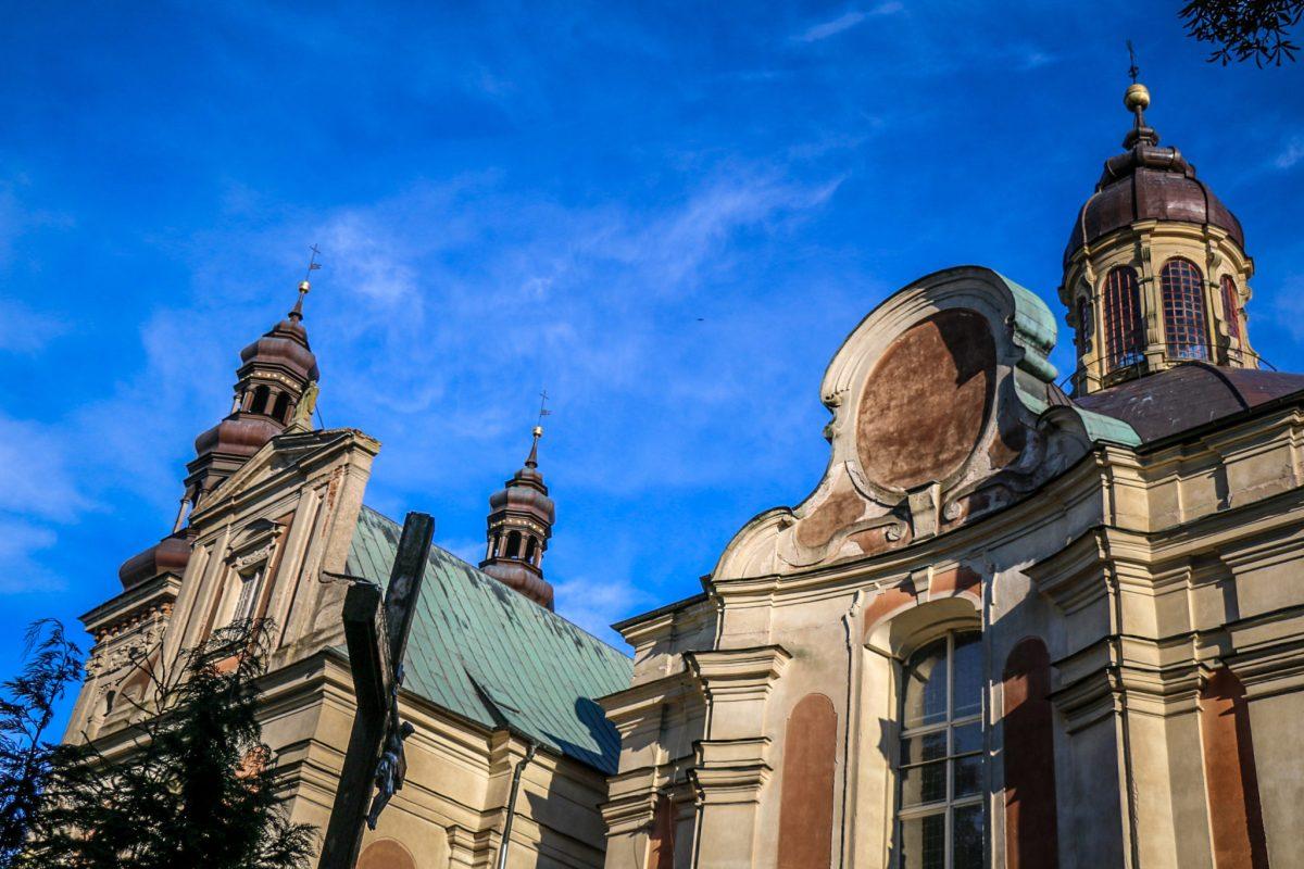 Nadwarcianski_park_krajobrazowy_klasztor_lad