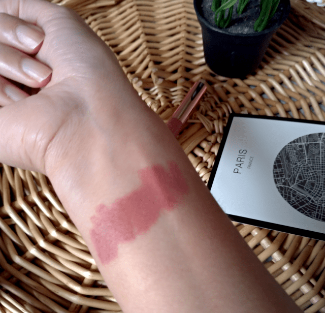 makeup revolution velvet kiss lip crayon chauffeur swatch