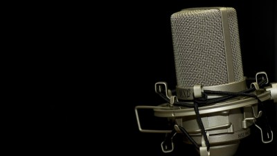 Tom Hartmann: Radio Mic