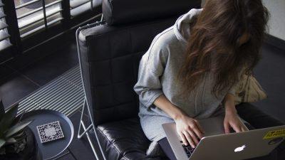 how to help teens avoid homework meltdowns