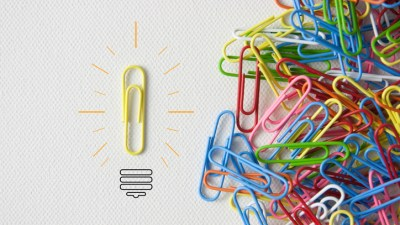 bending and playing with paperclips is one example of using a figt toy to help your ADHD mind focus