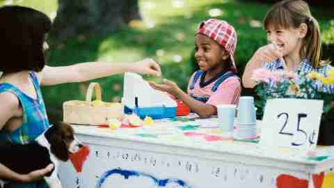 children with ADHD run a lemonade stand—a fun way to keep math skills sharp during the summer