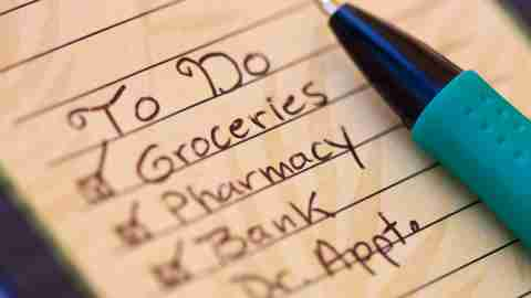 A short to-do list of priority tasks that must be completed quickly instead of a long list with less urgent tasks can simplify your life.