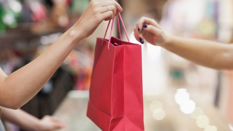 If you find yourself making many spur of the moment decisions, such as splurge purchases while shopping, you might have adhd.