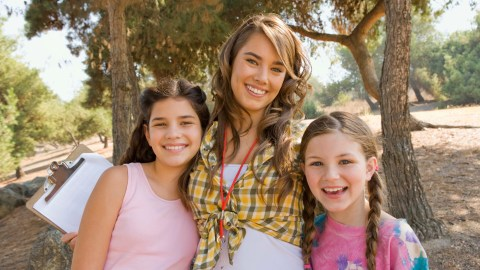 Children and a counselor at a good summer camp for kids with ADHD.