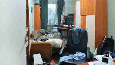 Beat ADHD disorganization with these simple bite-sized strategies for clutter cleanup.