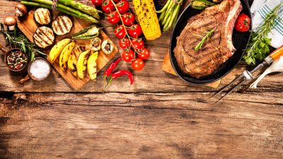 Beef steaks with grilled vegetables make a good meal for ADHD families