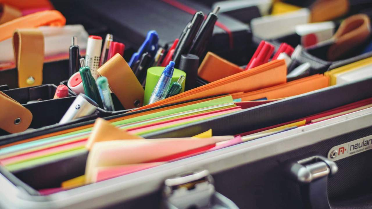 Organization skills for students with ADHD who need to use color-coded folders and Post-It notes