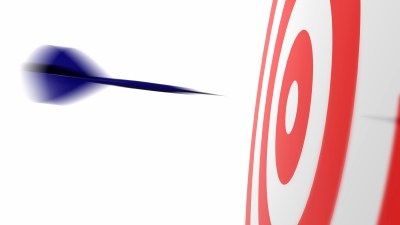 A dart flying at a target, representing Dr. Amen's specialized strategies for healing ADHD