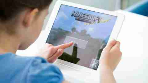 """It's a common story, especially in the ADHD community: """"My kid is obsessed with Minecraft — I don't think he'd sleep if we didn't make him log off!"""" Now, parents who wonder how much Minecraft is too much can hear Randy Kulman, Ph.D., and James Daley — both with Learning Works for Kids, an educational technology company — break down the pros and cons of games like Minecraft,as well as common-sense strategies for managing your child's """"digital diet."""" Listen now!"""