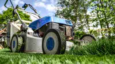 A lawnmower at the heart of chore wars