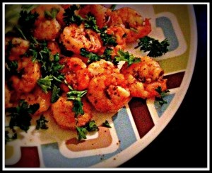 Garlicky Shrimp & Mixed Greens Salad