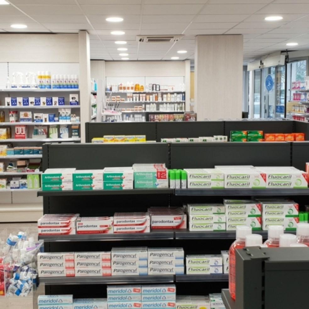 Pharmacie-Vannes-un-agencement-Adeco-Breizh-03