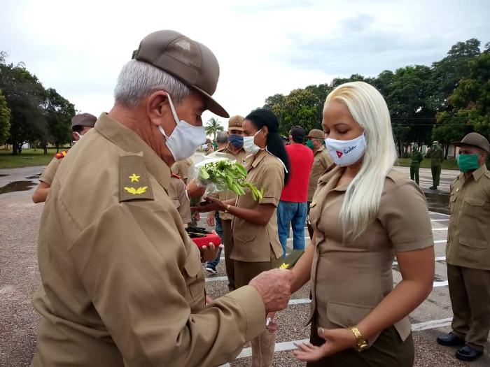 Ascienden a militares camagüeyanos en saludo al Día de la Rebeldía Nacional