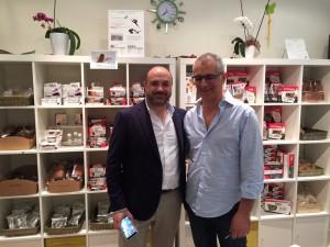 Carlos Abehsera y Primo Iezzi, de Ciao Carb, en la tienda Nutriwell Shop