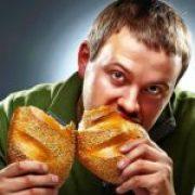 Comer pan integral engorda