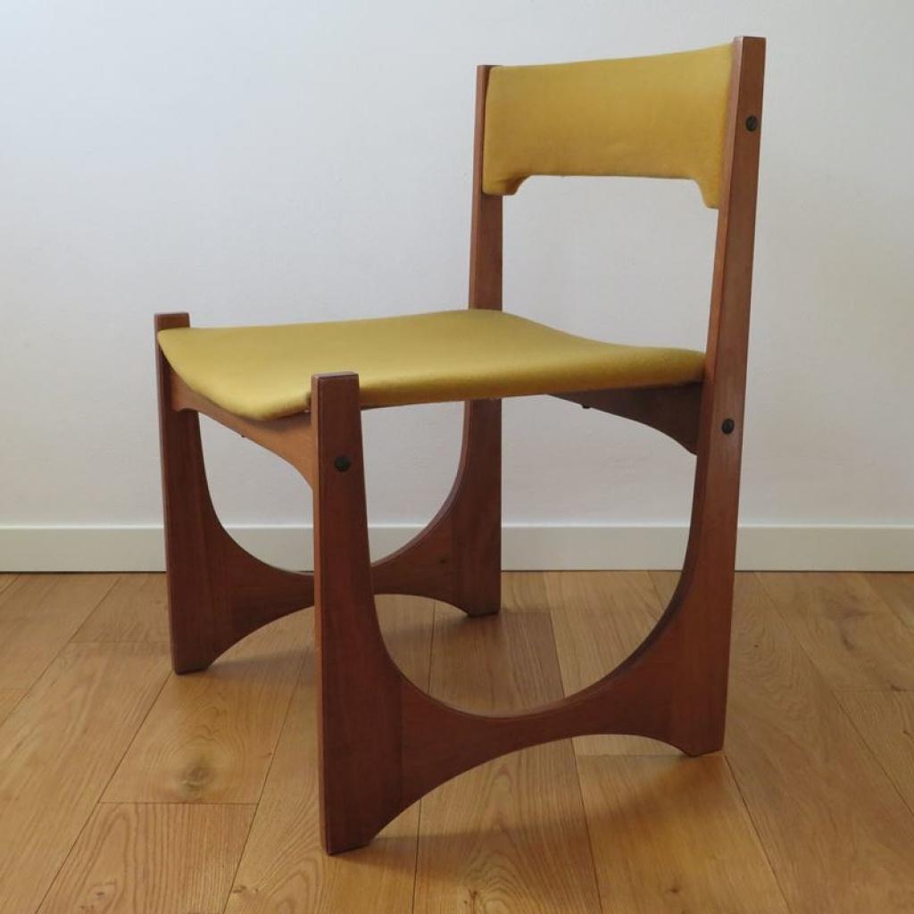 Bellissima cassettiera vintage in legno risalente agli anni '60. Sedia Vintage In Teak Italia Anni 60 Ademore