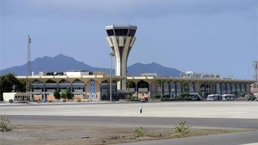 ماذا حدث في مطار عدن..؟؟ تفاصيل اللحظات الأخيرة لأحداث مطار عدن يرويها شاهد عيان..(تقرير )