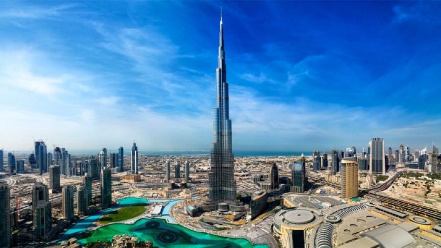 موقع إماراتي يرصد مؤشرات انهيار يحاصر اقتصاد الإمارات