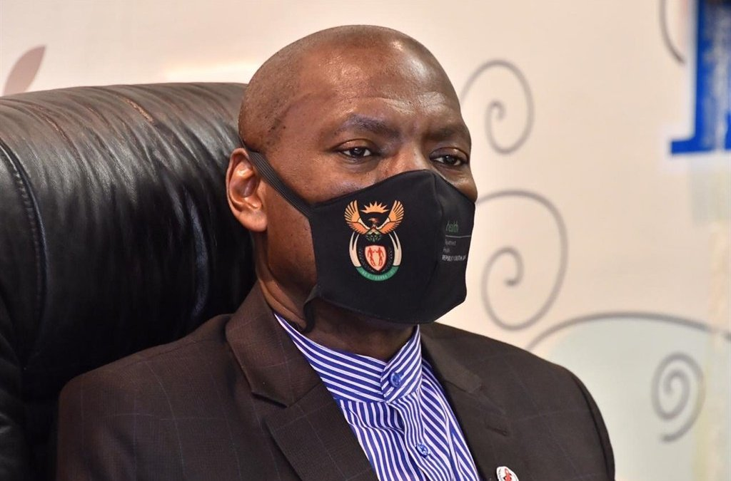 News24.com | WATCH | Mkhize gets first look into hi-tech field hospitals in Khayelitsha and Brackenfell