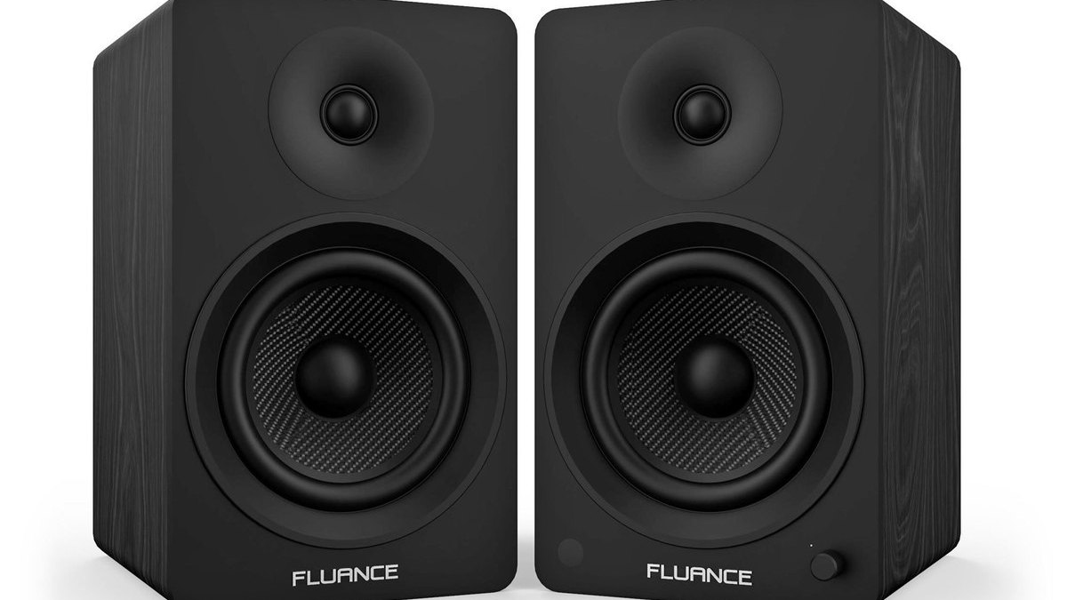 Fluance Ai60 Bluetooth speaker review: Large and in charge!