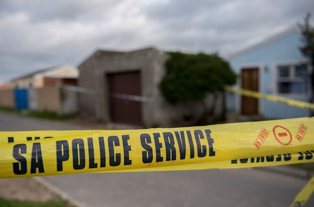 News24.com | Body of woman found dumped under tree in Dobsonville