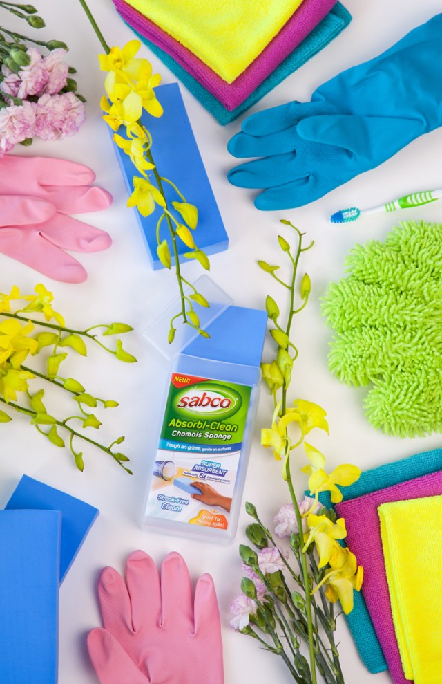 Gather everything you need with this DIY Home Cleaning kit essentials guide.