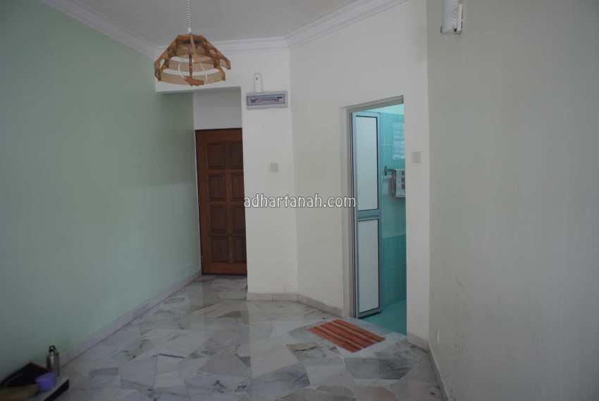 Astaria Apartment