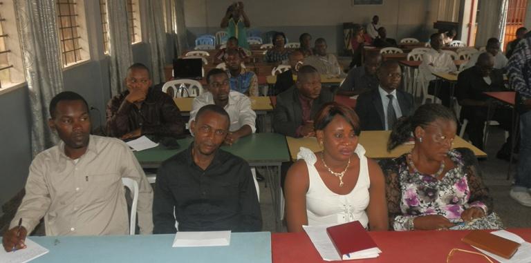 La salle, lors de la présentation du comité de soutien de Diomi Ndongala.