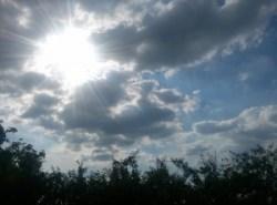 nori pe cer