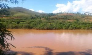rau rosu Madagascar2