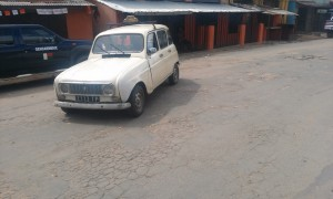 masina veche Antananarivo Madagascar1