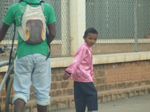 Copil in Antananarivo Madagascar 2