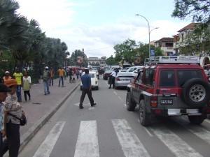 oameni si masini Antananarivo Madagascar5