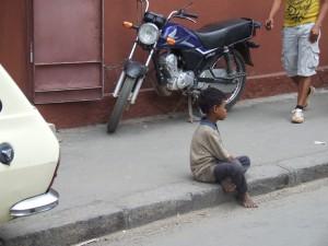 Copil in Antananarivo Madagascar 5