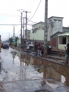 drum cu apa si denivelari Antananarivo Madagascar