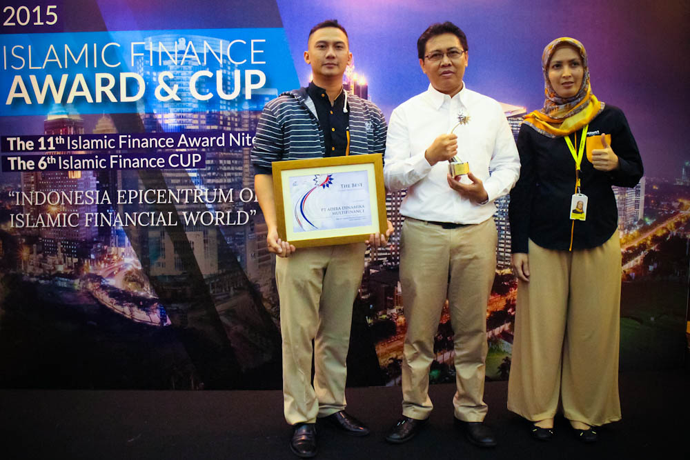 "Adira Finance Syariah Raih Penghargaan ""The Islamic Finance Award 2015"""