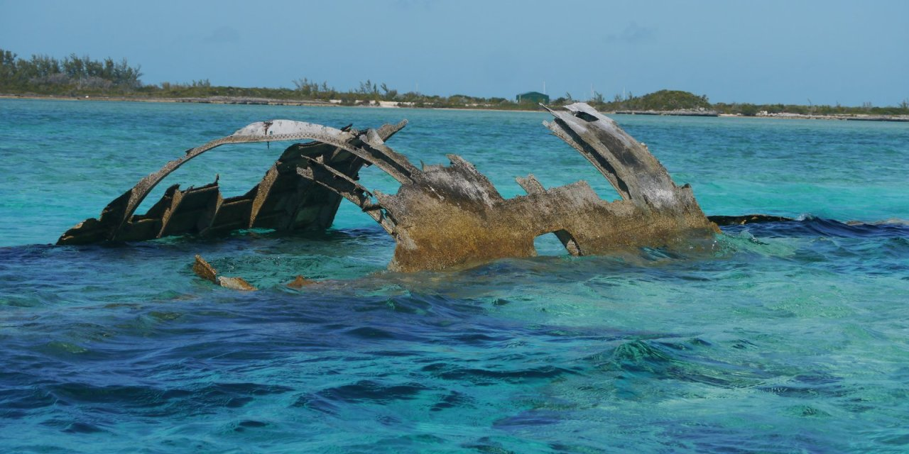 Drug Smuggling Legacy: Norman's Cay
