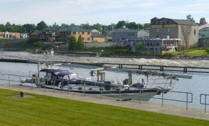Tai Chi tied up between Lock 7 and 8 in Oswego