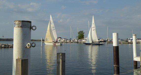 Calm racing, metal dock pilings