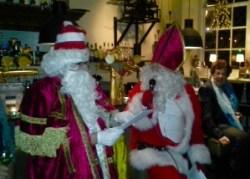 De Kerstklazen steken van wal in 'De Hemel' (foto: Gerard Brouwer)