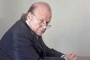 'Geluk is verdriet dat even uitrust': In gesprek met zichzelf kijkt interviewer en columnist Hugo Camps (72) terug op dertig jaar Elsevier (Bron: Elsevier, 4 maart 2016)