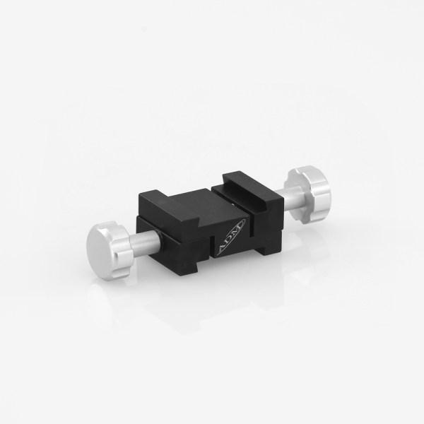ADM Accessories   V Series   Miscellaneous   VPA-FF   VPA-FF- V Series to V Series Dovetail Adapter   Image 1