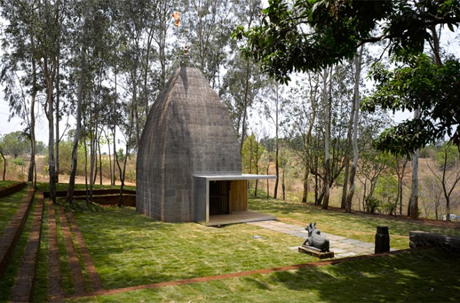 Top 10 Architects in India: Shiv Temple in Pune