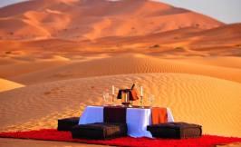 Dinner table in Desert