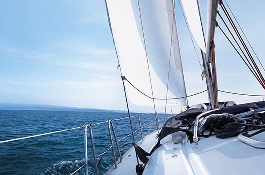 Corso Patente Nautica Senza Limiti dalla costa Vela e Motore