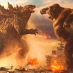 Uzun süredir heyecanla beklenen Godzilla vs Kong'dan yeni bir fragman yayınlandı. İlk olarak yaklaşık iki ay önce yayınlanan ilk fragman ile büyük heyecan yaratan filmin yeni fragmanı, aksiyona doyacağımız bir yapım ile karşı karşıya olduğumuzu gözler önüne serdi.